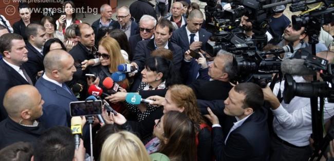 Румен Радев Най-голямата заплаха за българското правителство е самият Борисов